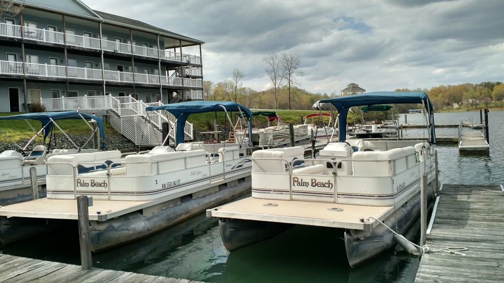 Lake House With Boat Rental on Luxury Lake Travis Boat Rentals