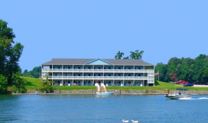 hotel at smith mountain lake