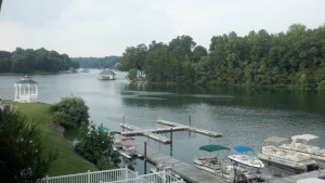 waterfront hotel at smith mountain lake